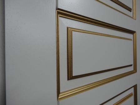 декор входных дверей зеркалами